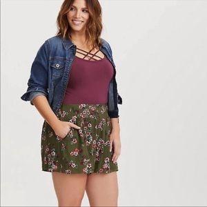 Torrid Olive Gauze floral print shorts